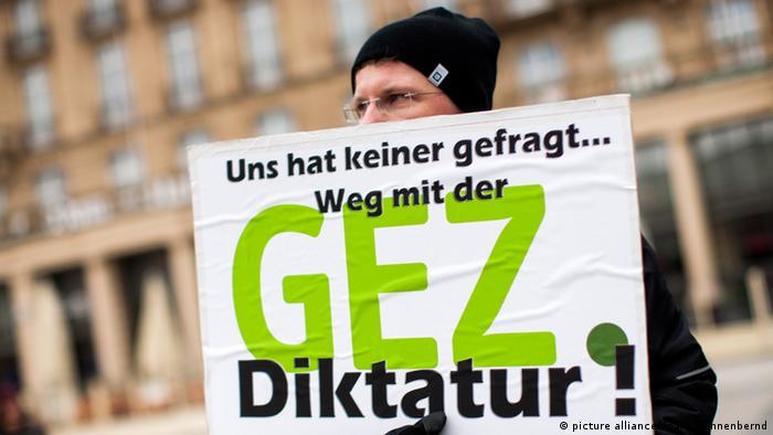 Demonstration gegen Rundfunkgebühren GEZ