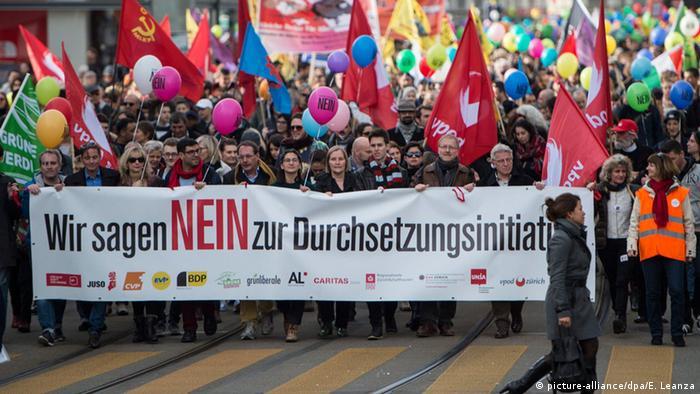 Schweiz Referendum Durchführungsinitiative