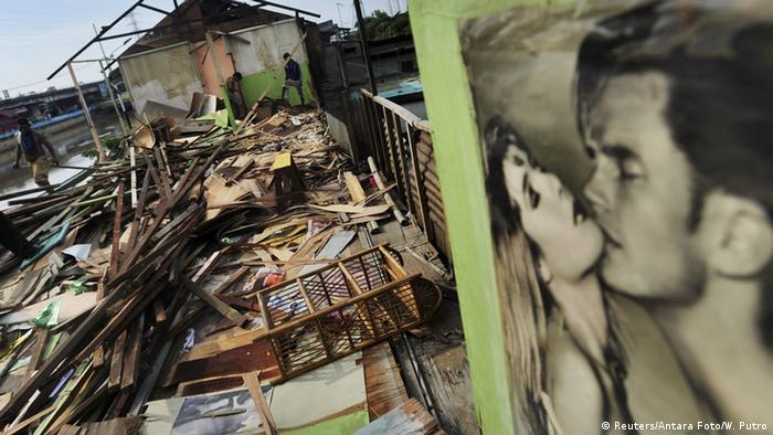 Indonesien Kampf gegen die Prostitution