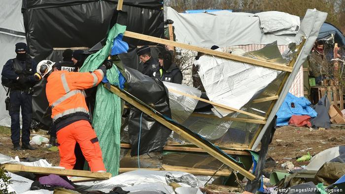 Frankreich Calais Polizei Flüchtlinge