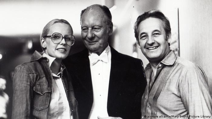Анджей Вайда (праворуч), Джон Гілгуд та Кристина Янда