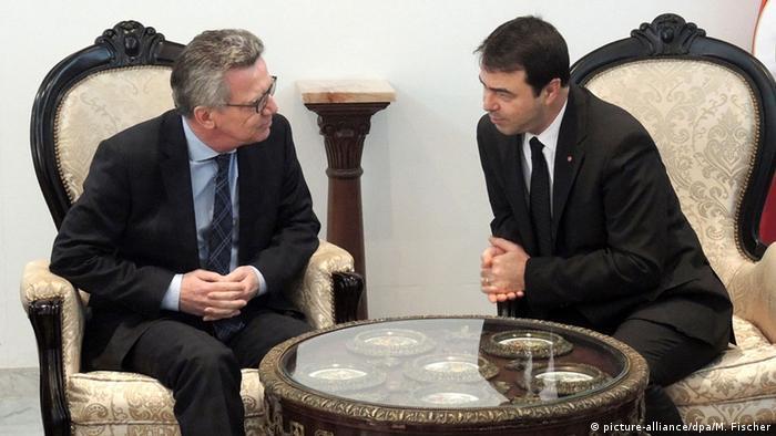 Tunesien De Maiziere trifft Hédi Majdoub in Tunis