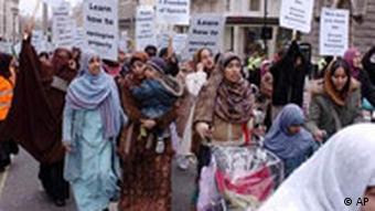 Muslimische Proteste in London gegen die Mohammed Karrikaturen