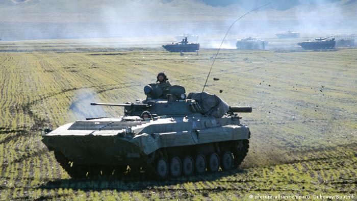 Бойцы самопровозглашенной ДНР на учениях