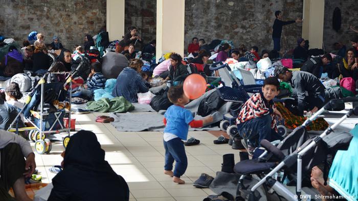 Лагерь беженцев в Греции близ македонской границы
