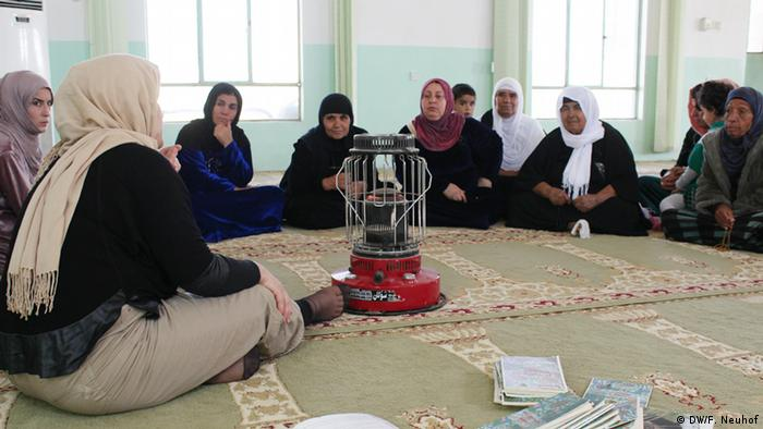 Kurdistan Rahul talks to women in a mosque in the village Edi Qizlar
