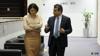 Жанна Немцова и Лев Шлосберг перед интервью