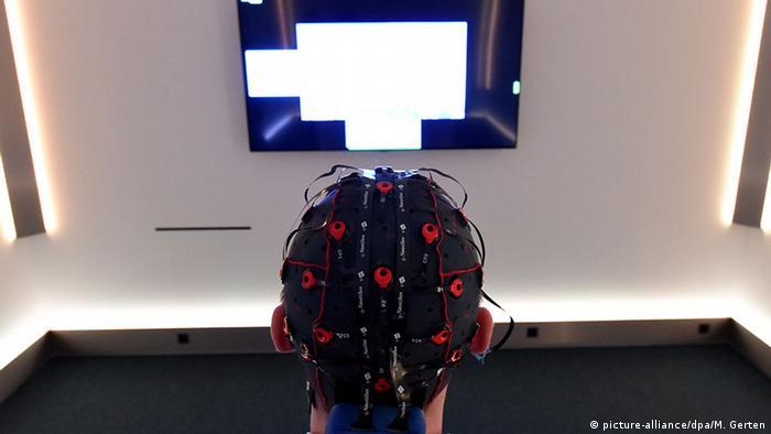 Forscher wollen Geräte über Gedankenkraft steuern