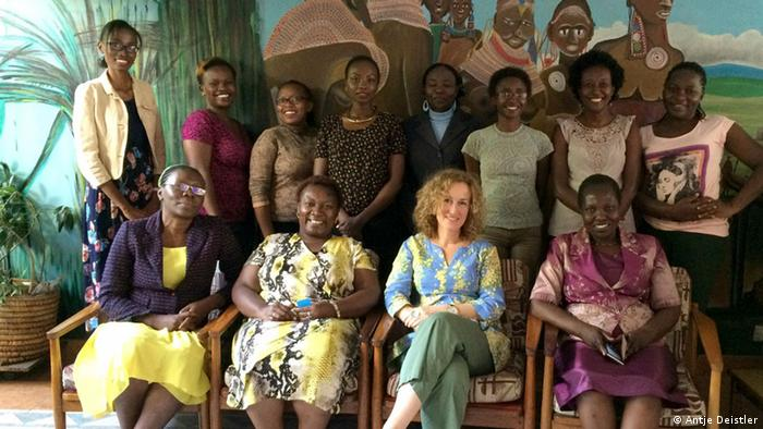 Participants attending the workshop Digital Security for Women Journalists in Nairobi, with trainer Antje Deistler (Photo: Antje Deistler)