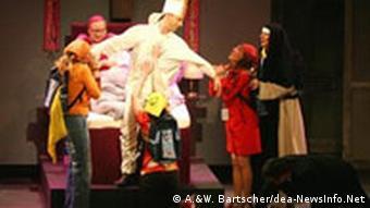 Ratze und Meise - Sketch auf der Stunksitzung 2006 im Kölner Karneval (Foto: A.&W. Bartscher/dea-NewsInfo.Net)