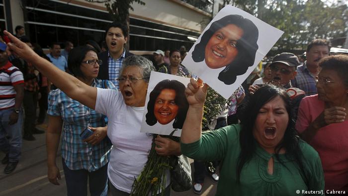 Honduras Proteste nach dem Tod von Berta Cáceres (Reuters/J. Cabrera)