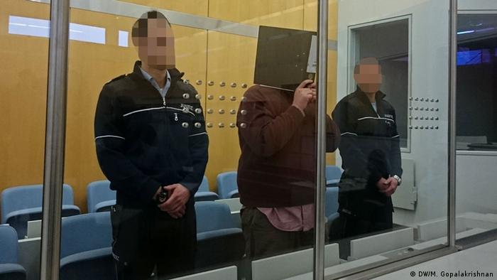 Deutschland Prozess IS-Terrorist Nils D. in Düsseldorf (DW/M. Gopalakrishnan)