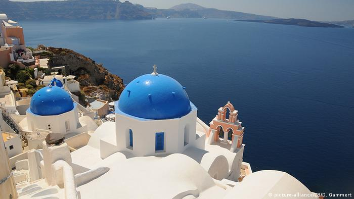 Griechenland Santorin Kirche am Meer