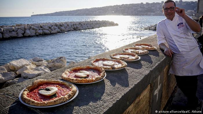 Italien Neapel Pizza als UNESCO Weltkulturerbe