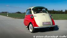 BMW Isetta (picture-alliance/dpa/P. Kneffel)