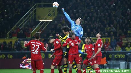 Fussball Bundesliga 25. Spieltag Borussia Dortmund gegen FC Bayern Muenchen
