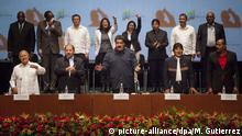 05.03.2016 *** (L-R): El Salvador's president Salvador Sanchez Ceren; Nicaragua's president Daniel Ortega; Venezuela's president Nicolas Maduro; Bolivia's president Evo Morales and Antigua and Barbuda's Prime Minister Gaston Browne, during the commemoration marking the three years since the death of former president of Venezuela, Hugo Chavez in Caracas, Venezuela, 05 March 2016. The ten days of tributes began with the lighting of the torch at his tomb and the arrival in Caracas of the presidents of Bolivia Evo Morales, Nicaragua Daniel Ortega ,and El Salvador, Salvador Sanchez Ceren. EFE/Miguel Gutierrez © picture-alliance/dpa/M. Gutierrez