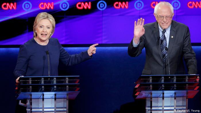 USA Hillary Clinton und Bernie Sanders in Flint