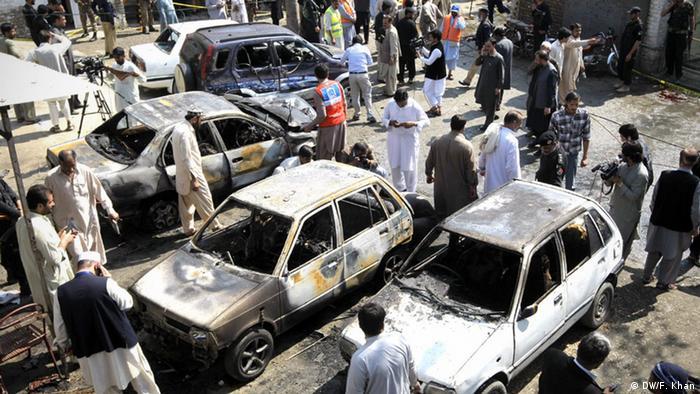 Pakistan Peschawar Selbstmordanschlag (DW/F. Khan)