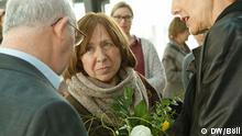 Swetlana Alexijewitsch zu Gast bei der DW in Bonn. Im Gespräch mit Efim Schumann und Gerda Meurer. Foto: DW/Böll am 8.3.2016