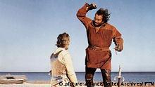 Soldato Di Ventura, Il (1975) Hector (Bud Spencer,r) in Szene Regie: Pasquale Festa Campanile , Hector, der Ritter ohne Furcht und Tadel (auch Hector, Ritter ohne Furcht und Tadel) ist eine italienisch-französische Abenteuer-Filmkomödie von Pasquale Festa Campanile aus dem Jahr 1976. Er ist auf den Hauptdarsteller Bud Spencer zugeschnitten, der den italienischen Volkshelden Ettore Fieramosca (Hector Fieramosca) spielt. (c) picture-alliance/United Archives/IFTN