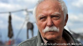 Portraitfoto des Kinderbuchautors Horst Eckert alias Janosch (Foto: dpa)