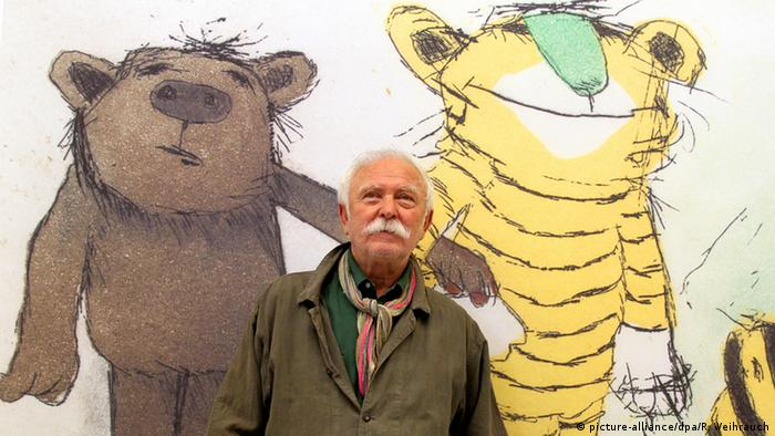 Author Janosch with his figures Bear and Tiger