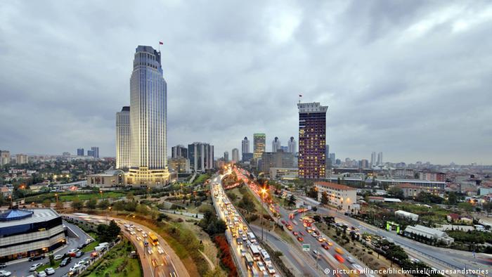 Türkei Istanbul modernes Geschäftszentrum Levent