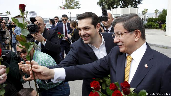 Tsipras und Davutoglu (Foto: Reuters/U. Bektas)