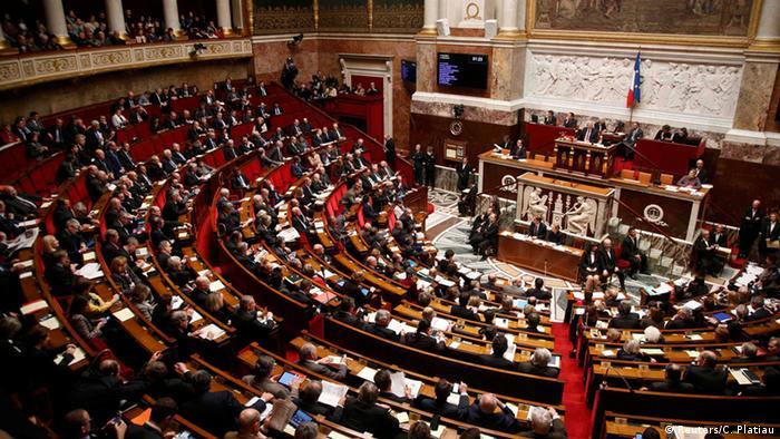 Frankreich Nationalversammlung Symbolbild (Reuters/C. Platiau)