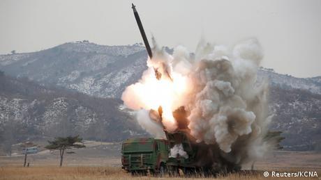 Nordkorea Rakete (Reuters/KCNA)