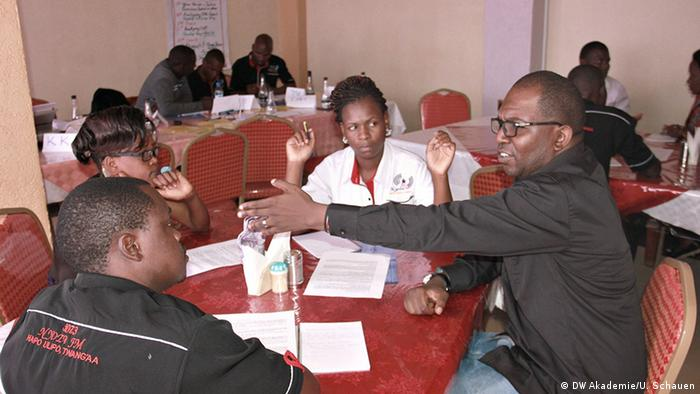 Collaborative Approach Classroom : Journalism training cultural tolerance is key africa