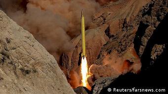 رسانههای نزدیک به سپاه پاسداران نوشتند که موشکهای قدرH دارای کلاهک جنگی جداشونده است؛ قابلیتی که موشکهای حامل سلاح اتمی باید آن را دارا باشند.