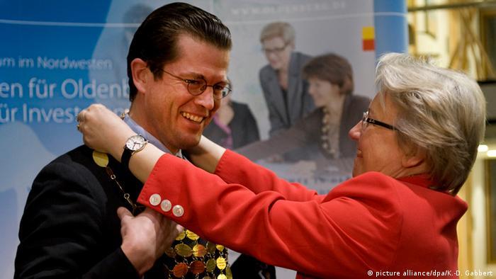 Ex-ministros alemães Karl-Theodor zu Guttenberg e Annette Schavan