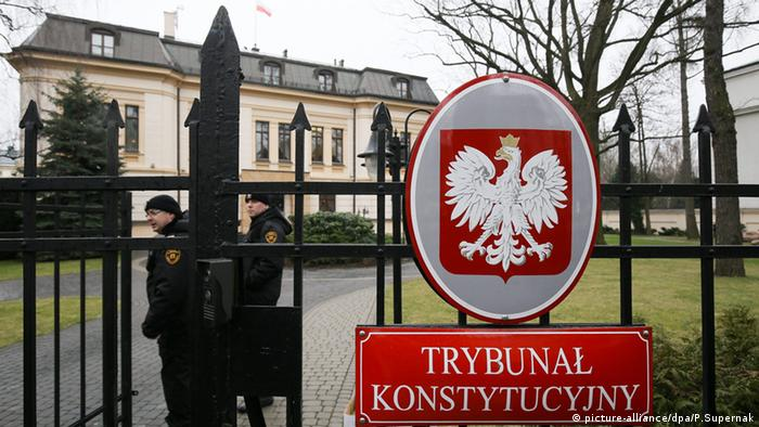 The Constitutional Tribunal in Warsaw is at the center of the ongoing spat between the government and the EU (picture-alliance/dpa/P.Supernak)