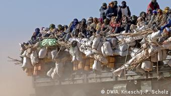 Truck leaves Agadez heading for the desert