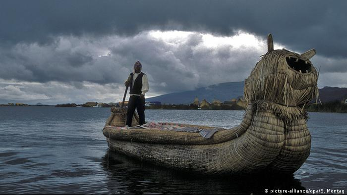 Indigenous man on a boat, Lake Titicaca, Peru (Picture: picture-alliance/dpa/S. Montag)