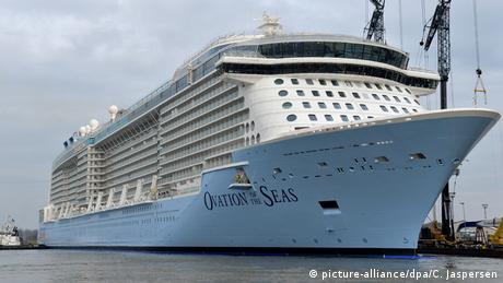 Meyer Werft in Papenburg Ovation of the Seas