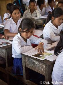 Kambodscha Bildungsangebote für ethnische Minderheiten Schülerin