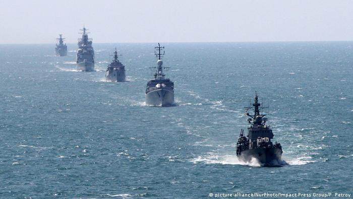 NATO Standing Maritime Group in Bulgarien (picture-alliance/NurPhoto/Impact Press Group/P. Petrov)