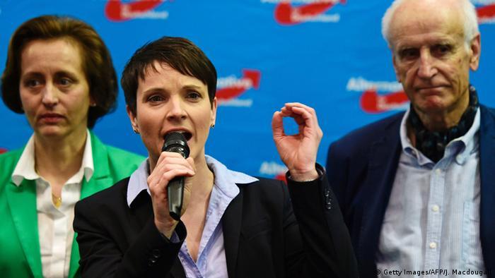 فراوکه پتری، سخنگوی حزب آلترناتیو برای آلمان و رئیس شاخه این حزب در ایالت زاکسن
