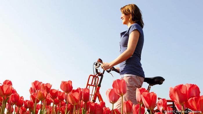Holandés desarrolla bicicleta que limpia el esmog
