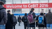 14.03.2016 **** Welcome to Cebit 2016 steht am 14.03.2016 am Eingang des Messegelände der CeBIT Hannover (Niedersachsen). Foto: Ole Spata/dpa © picture-alliance/dpa/O. Spata