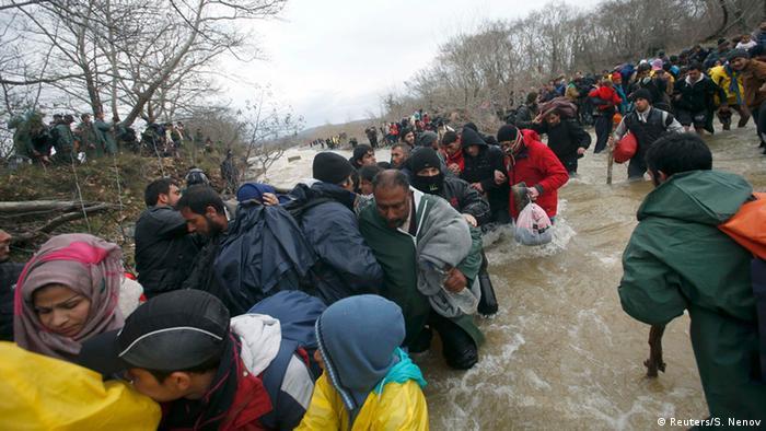 Griechenland Flüchtlinge aus Syrien brechen aus Idomeni aus