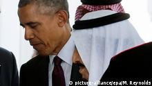 Archiv 2015 +++++ epa04912963 US President Barack Obama (L) greets King Salman bin Abdulaziz Al Saud (R) of Saudi Arabia upon his arrival at the West Wing of the White House in Washington, DC, USA, 04 September 2015. King Salman bin Abdulaziz Al Saud of Saudi Arabia visits Obama as the US Congress prepares to begin a debate on a resolution of disapproval for the Iran sanctions treaty. EPA/MICHAEL REYNOLDS (c) picture-alliance/epa/M. Reynolds