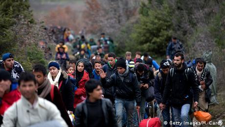 Griechenland Mazedonien Flüchtlinge bei Idomeni (Getty Images/M. Cardy)