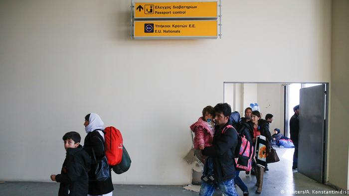 Griechenland Flüchtlingslager Hellenikon bei Athen (Reuters/A. Konstantinidis)