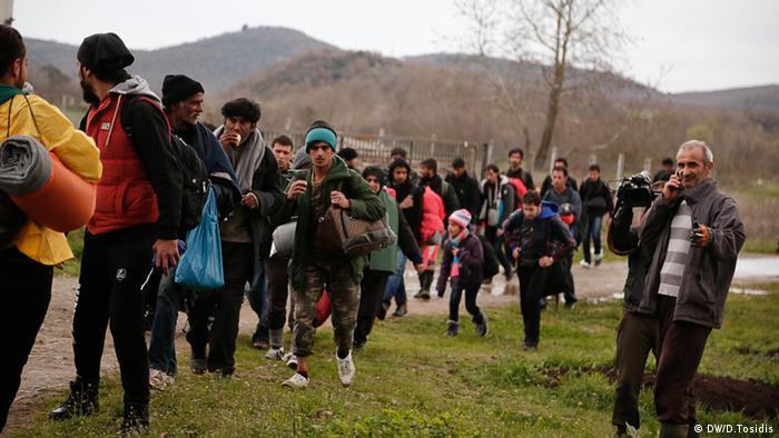 Беженцы на границе Греции с Македонией