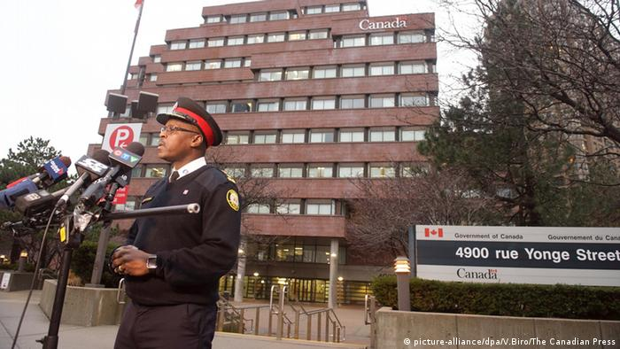 Canadian man says ′Allah′ told him to stab two in Toronto | News