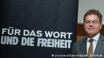 آلکساندر اسکیپیس، مدیر اجرایی اتحادیه ناشران و کتابفروشان آلمان